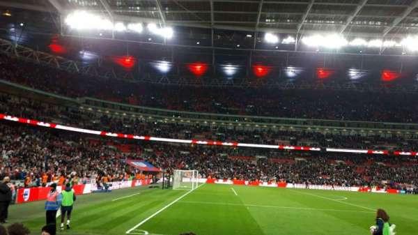 Wembley Stadium, sección: 126, fila: 5, asiento: 111
