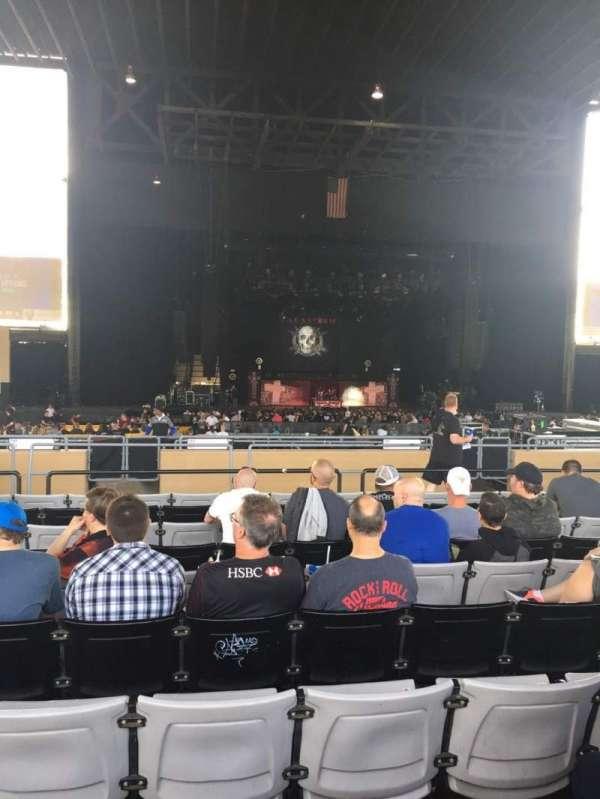 Hollywood Casino Amphitheatre (Tinley Park), sección: 205, fila: UU, asiento: 18