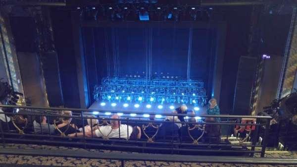 Lunt-Fontanne Theatre, sección: Rear Mezzanine RC, fila: B, asiento: 108