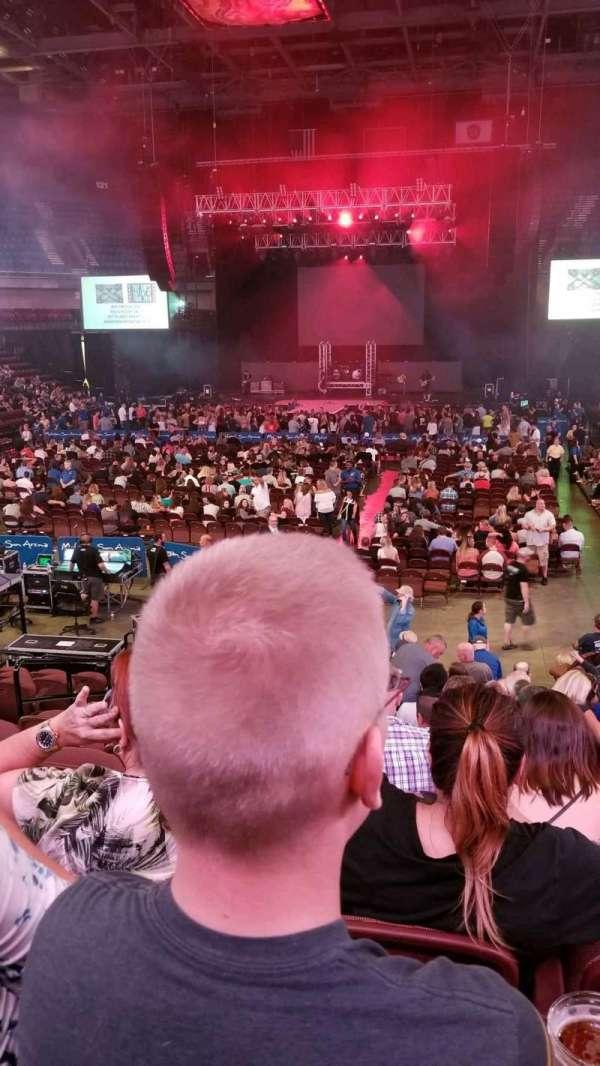 Mohegan Sun Arena, sección: 19, fila: P, asiento: 11