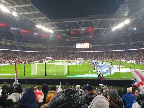 Wembley Stadium, sección: 133, fila: 12, asiento: 300