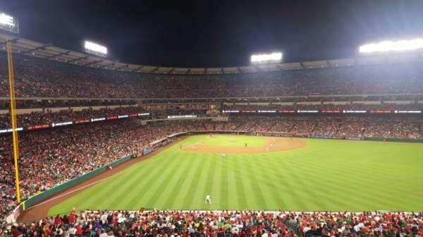 Angel Stadium, sección: 245, fila: SA, asiento: 11