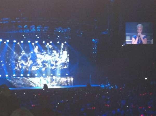 The O2 Arena, sección: BK103, fila: L, asiento: 111