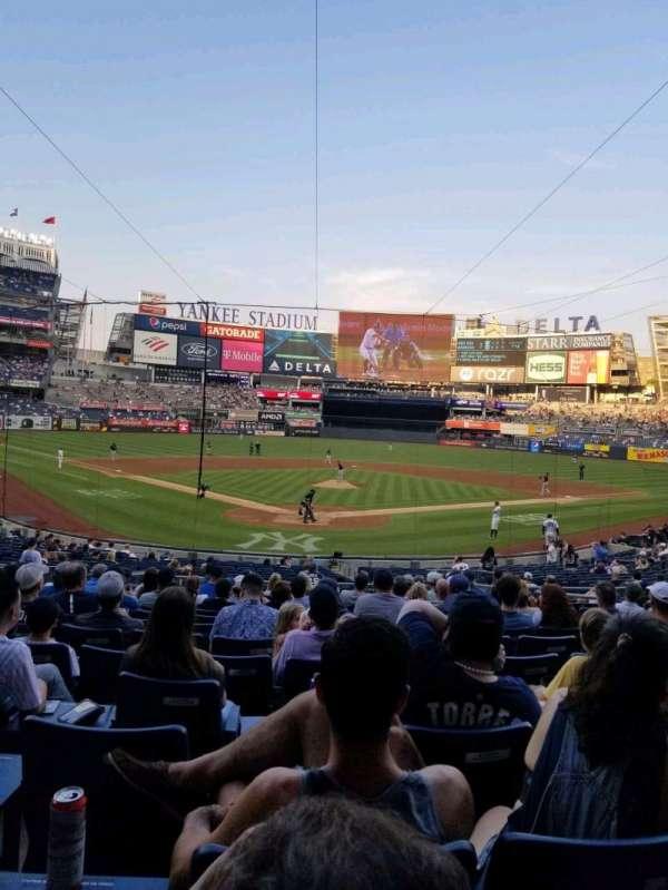 Yankee Stadium, sección: 120A, fila: 15, asiento: 5