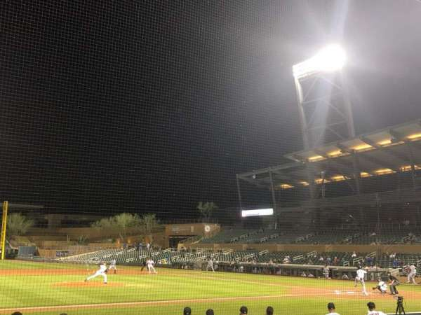 Salt River Fields, sección: 117, fila: 11, asiento: 13