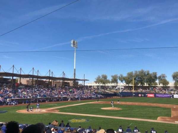 Maryvale Baseball Park, sección: 109, fila: V, asiento: 6