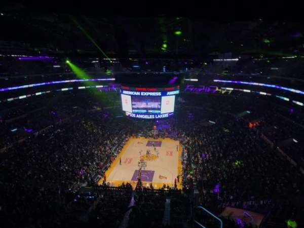 Staples Center, sección: 309, fila: 7, asiento: 2