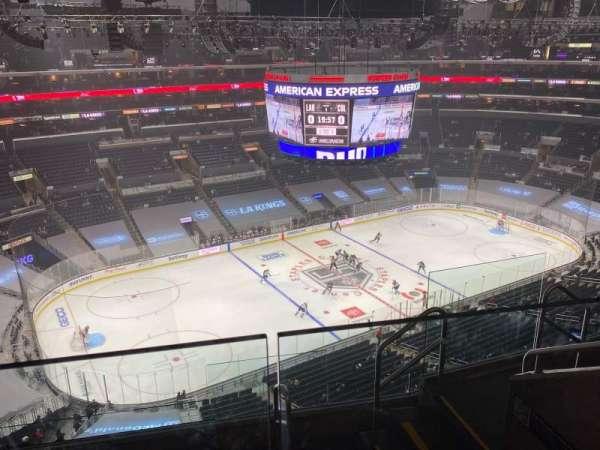 Staples Center, sección: 321, fila: 6, asiento: 5