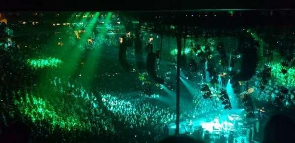 Madison Square Garden, sección: 414, fila: 3