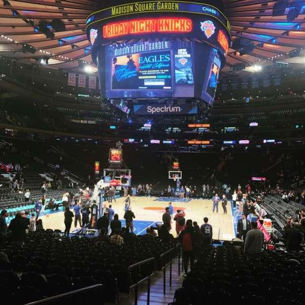 Madison Square Garden, sección: 3, fila: 19, asiento: 4