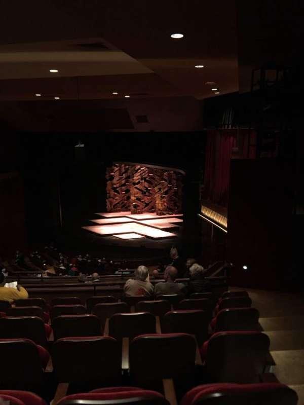 Paper Mill Playhouse, sección: R mezz, fila: HH, asiento: 24