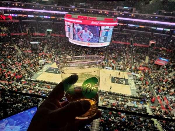 Staples Center, sección: 318, fila: 1, asiento: 1