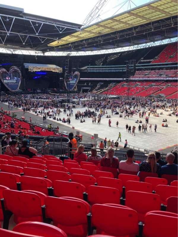 Wembley Stadium, sección: 116, fila: 40, asiento: 145