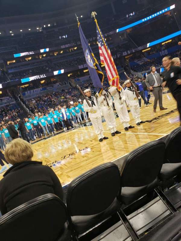Amway Center, sección: Courtside E, fila: 3, asiento: 43