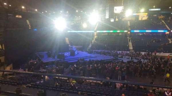 Allstate Arena, sección: 203, fila: C, asiento: 8