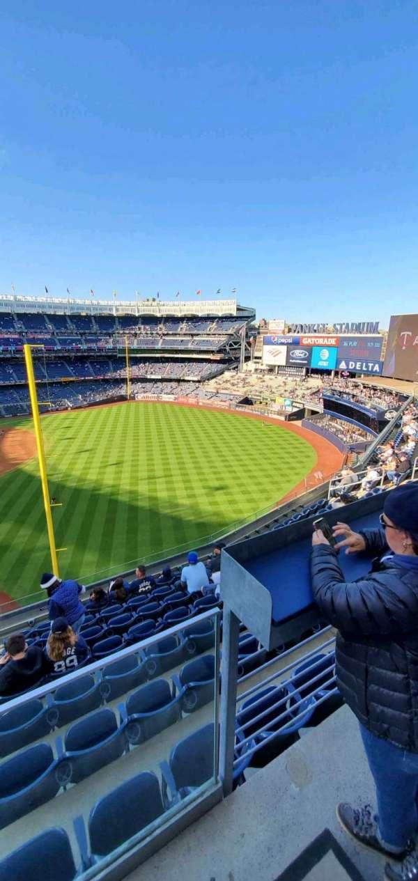 Yankee Stadium, sección: 309, fila: 6, asiento: 9