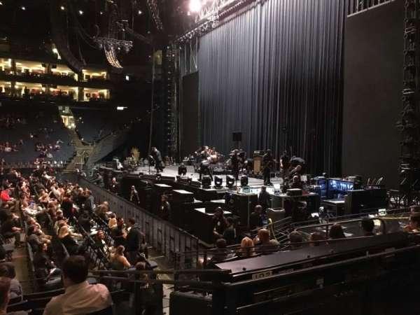 Oracle Arena, sección: 127, fila: 8, asiento: 12