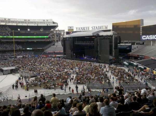 Yankee Stadium, sección: 212, fila: 19, asiento: 18