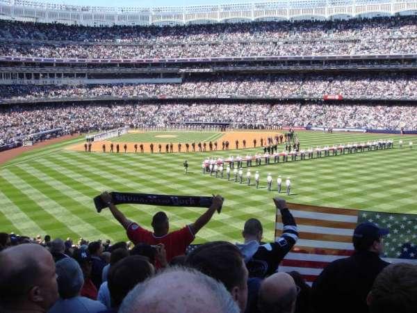 Yankee Stadium, sección: 203, fila: 23