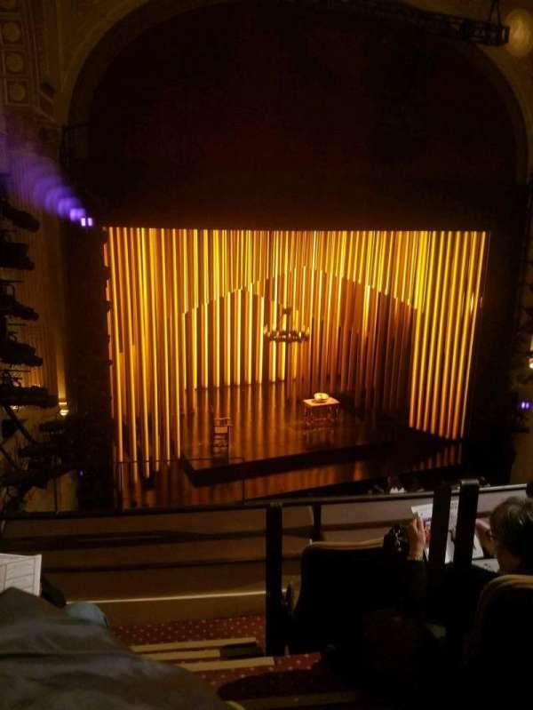 Samuel J. Friedman Theatre, sección: Mezzanine L, fila: B, asiento: 1