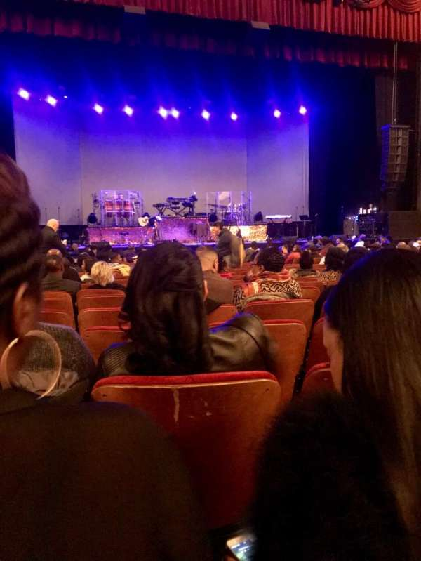 Chicago Theatre, sección: Mnfl4L, fila: C, asiento: 417