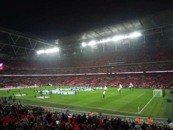 Wembley Stadium, sección: Away, fila: X, asiento: 17