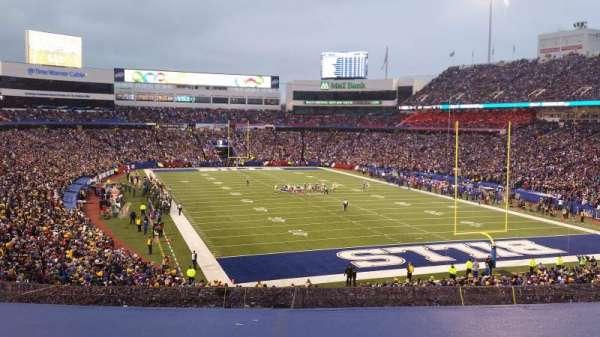 New Era Field, sección: 202, fila: 3, asiento: 10