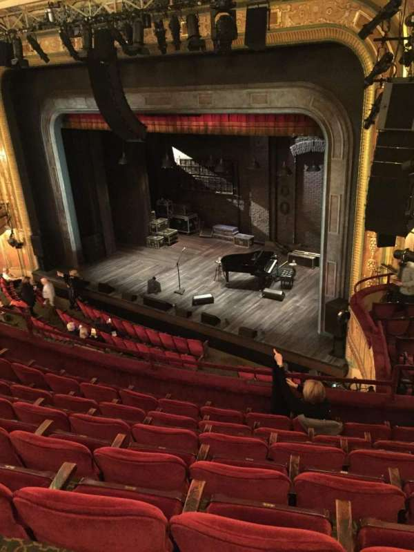 Walter Kerr Theatre, sección: Mezzanine Right, fila: G, asiento: 26
