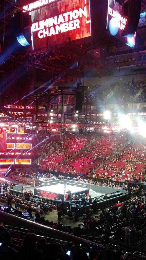 Toyota Center, sección: 116, fila: 24, asiento: 26,27