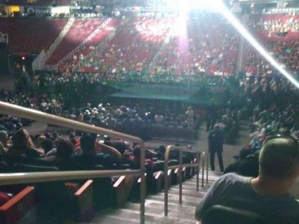 Toyota Center, sección: 119, fila: 12, asiento: 16