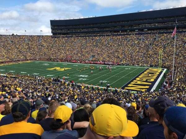 Michigan Stadium, sección: 18, fila: 62, asiento: 7