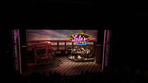 Brooks Atkinson Theatre, sección: Mezz, fila: E, asiento: 116
