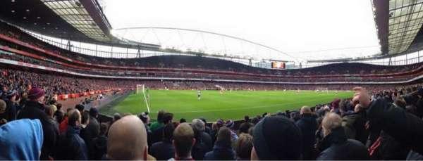 Emirates Stadium, sección: 20, fila: 8, asiento: 622
