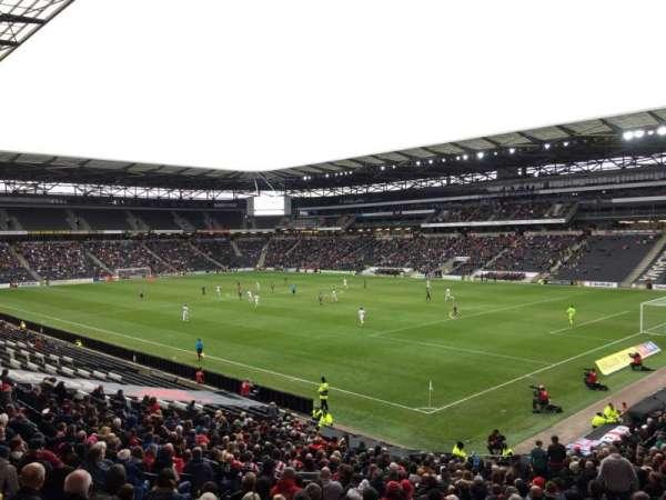 Stadium:mk, sección: 36, fila: DD, asiento: 1066