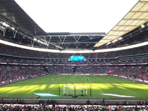 Wembley Stadium, sección: 111, fila: 31, asiento: 269