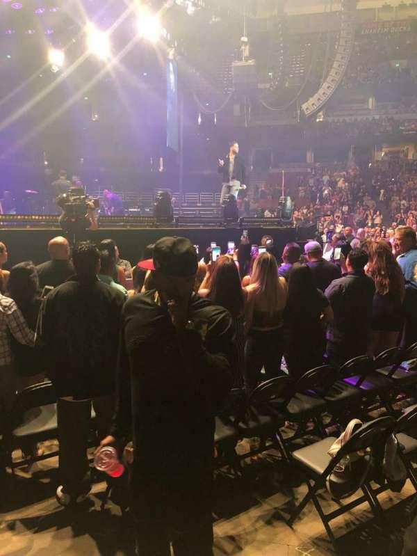 Honda Center, sección: 210, fila: A, asiento: 7