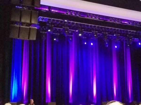 Borgata Event Center, sección: 100, fila: 16, asiento: 14
