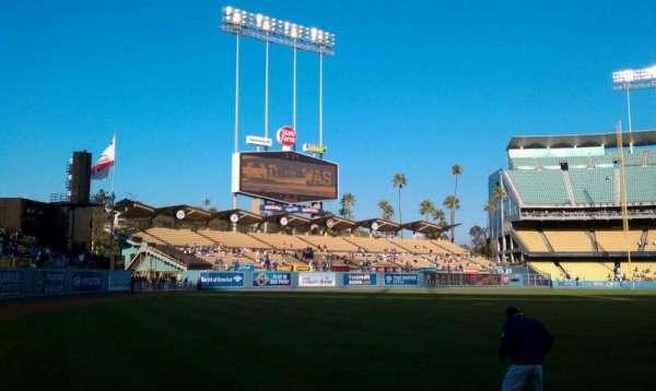 Dodger Stadium, sección: 49FD, fila: AA, asiento: 1