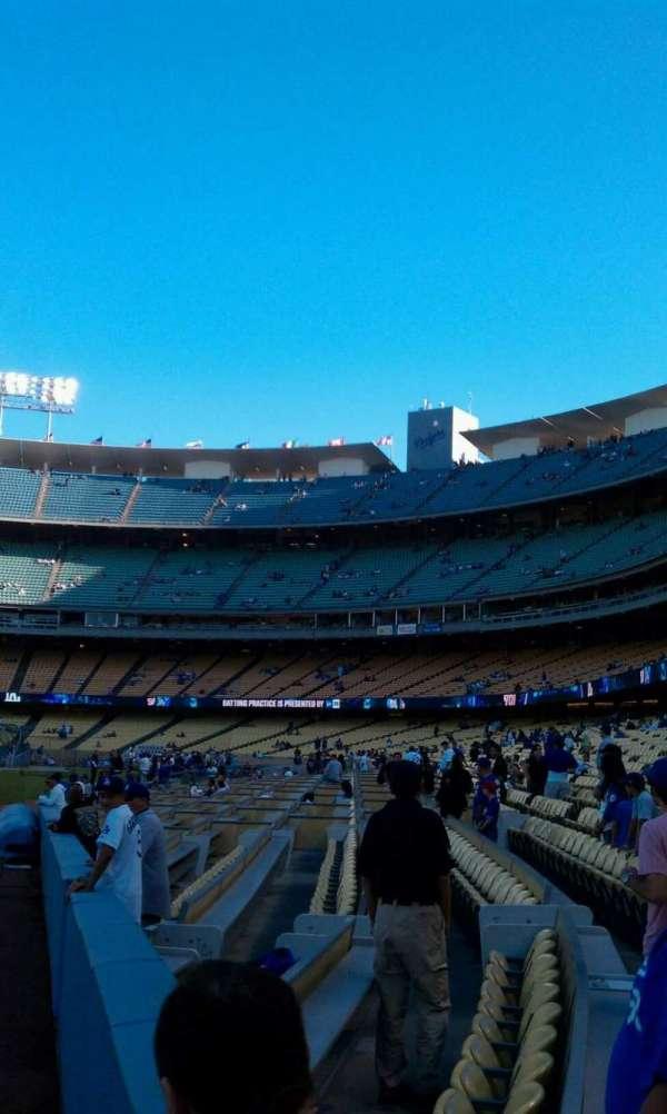 Dodger Stadium, sección: 49FD, fila: AA, asiento: 01