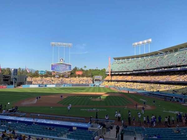 Dodger Stadium, sección: Loge Box MVP 125, fila: A, asiento: 3