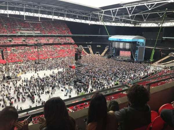 Wembley Stadium, sección: 504, fila: 3, asiento: 120