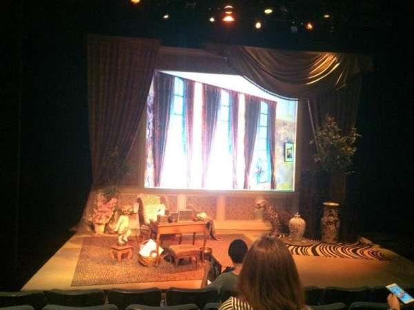 Theatre at St. Clement's, sección: Orch, fila: E, asiento: 11