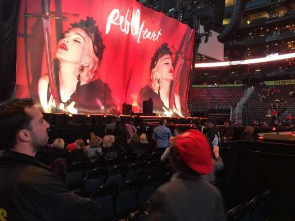 State Farm Arena, sección: 116, fila: A, asiento: 4