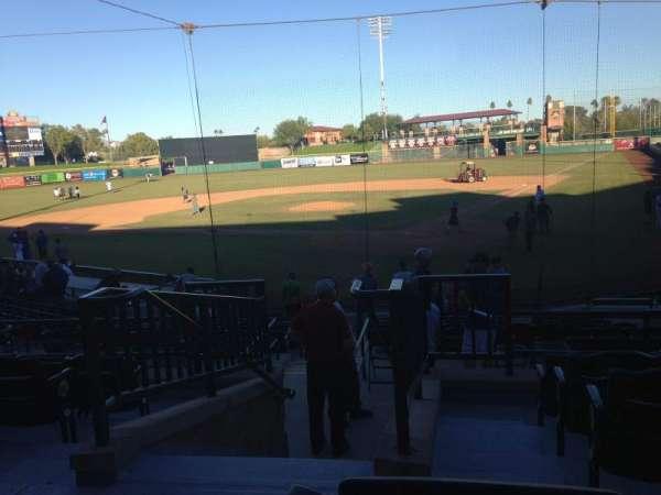 Scottsdale Stadium, sección: 301, fila: 1, asiento: 16