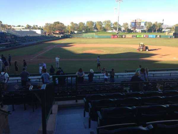 Scottsdale Stadium, sección: 210, fila: M, asiento: 1