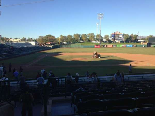 Scottsdale Stadium, sección: 310, fila: 1, asiento: 1