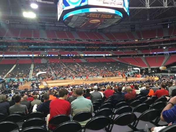 State Farm Stadium, sección: 110, fila: VV, asiento: 13
