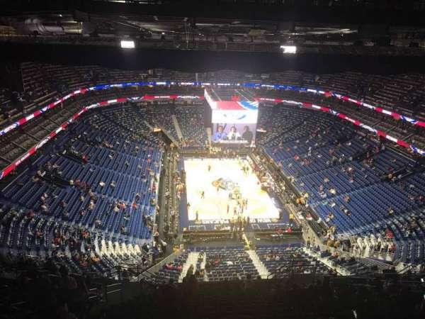 Smoothie King Center, sección: 325, fila: 20, asiento: 12