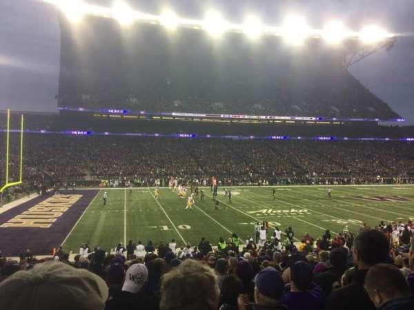 Husky Stadium, sección: 109, fila: 16, asiento: 6