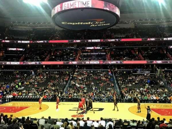Capital One Arena, sección: 100, fila: L, asiento: 15